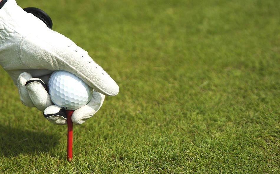 Golf Bag Essentials You Need To Bring On the Course